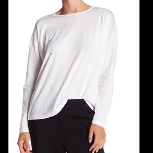 Vince - relaxed crew neck long sleeve tee shirt